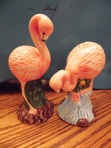 Pink flamingo  ceramic salt and pepper shakers
