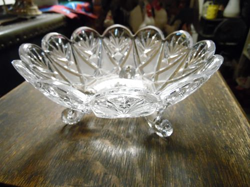 Imperlux German crystal three toed candy dish IPX5