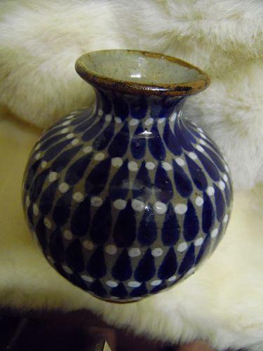 Vintage signed José Bernabe Campechano pottery vase