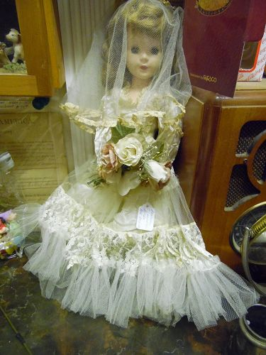 Vintage American Character bride doll 17.5""
