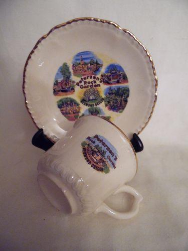 Vintage souvenir cup and saucer Peterson Rock Garden Redmond Oregon