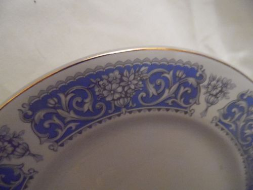 "Lovely Johnson Brothers Patrician pattern 8 3/4"" plate Snowhite"