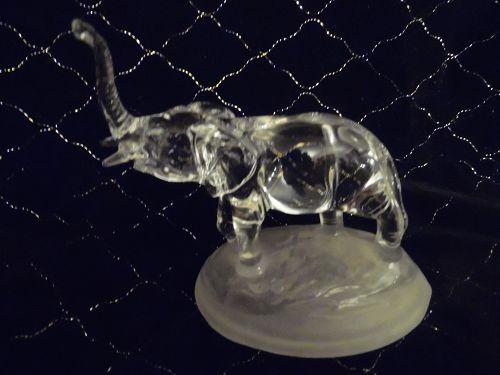 Cristal D'Arques, crystal elephant figure 2001