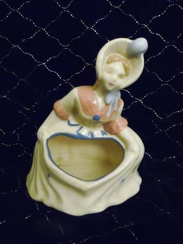 Vintage 40's lady ceramic  planter front opening