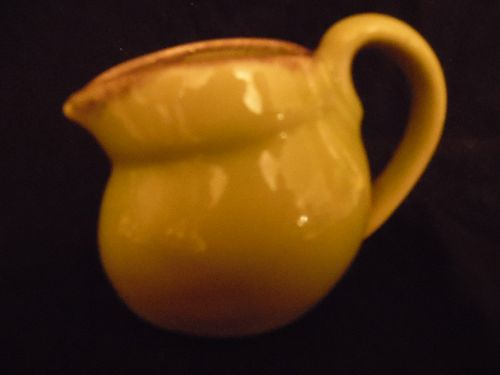 Winfield Pasadena creamer pitcher chartreuse with drip edge