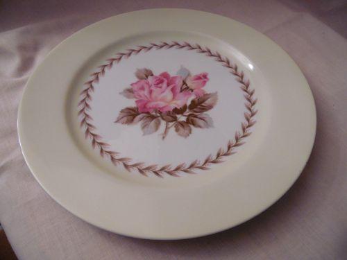Noritake Nippon Toki Kaisha 10.5  dinner plate pink rose pattern N212