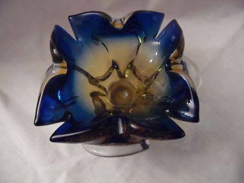 Fine Italian J.I. Co Murano Mid-Century Venetian Art Glass ashtray