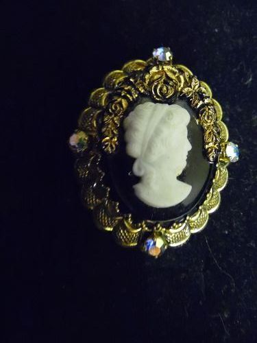 Lovely old Cameo  brooch Pin Made in Germany