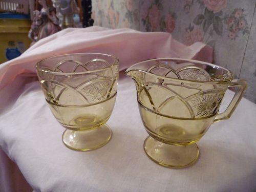 Federal Glass Rosemary, aka Dutch rose amber-yellow creamer and sugar
