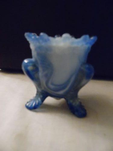 Degenhart forget me not toothpick holder blue and white slag