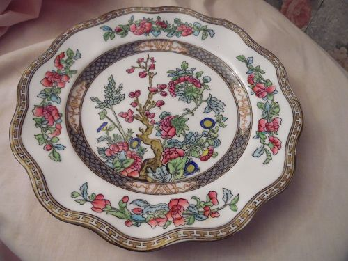 Coalport Indian tree scalloped dinner plate 10.5""
