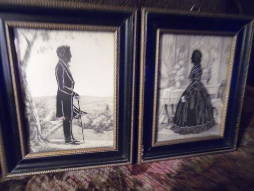 Framed vintage silhouettes of Abraham Lincoln and Mary Todd Lincoln