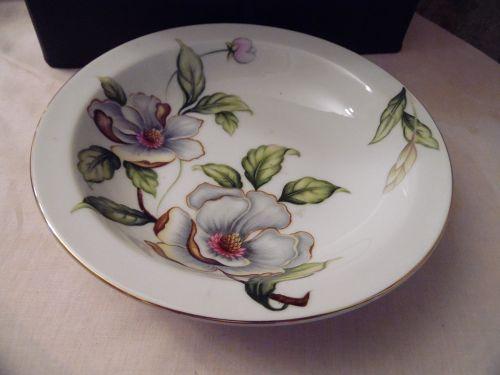 Roselyn Dogwood rimmed soup cereal bowl