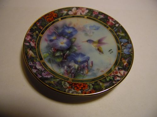 Lena Liu's Hummingbird Treasury mini plate Violet crowned Hummingbird
