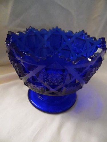 Westmoreland cobalt blue old quilt candy compote