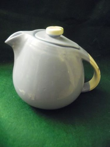 Hall Superior Rose Parade 3-4 cup teapot