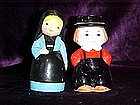 Amish couple salt & pepper shakers
