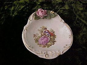 Nut dish,with courtship scene