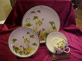 "Mikasa ""Fresh from the garden"" dinerware pieces"