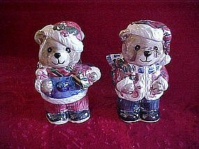 Christmas bears salt and pepper shakers