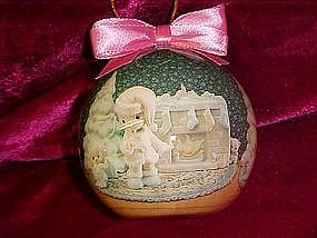 Enesco Precious Moments decopage ornament 1994