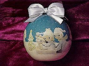 Enesco Precious Moments decopage Christmas ornament