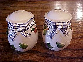 ceramic salt & pepper shakers, fruit decorations
