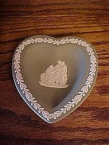 Wedgewood  green jasper ware heart dish, laurel border