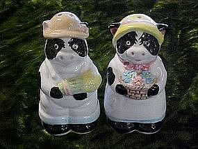 Holstein cow salt and pepper shaker pair