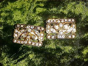 Nice goldtone rhinestone clip earrings