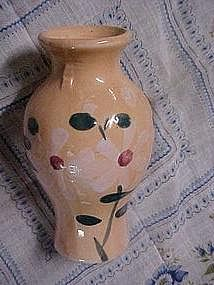 "Small ceramic vase hand painted daisys, only 4"" tall"