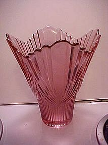 Fenton dusty rose/plum vase