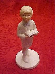 Frances hook figurine, The ring bearer