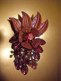 Large pink rhinestone flower pin, moveable