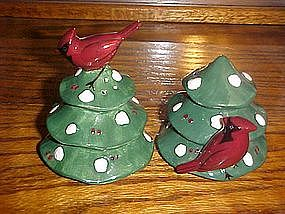 Cardinal on Tree holiday salt and pepper shakers