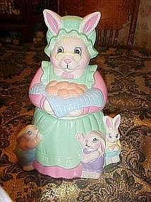 Granny rabbit and babies, cookie jar