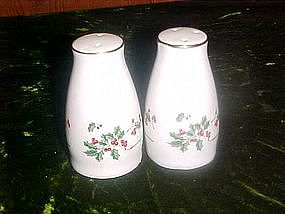 Holly and berries, porcelain salt and pepper shakers