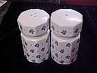 Large Range shakers with cobalt calico decoration