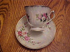 Lustre tea cup and saucer set with roses bouquet