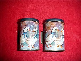 Metal ,Geese pattern salt and pepper shakers