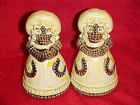 Burlap girls, salt and pepper shakers