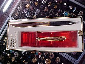 Vintage Acrylic clothes pin memo with pen desk set, MIB