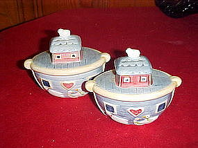 Noah's ark salt and pepper shakers, Susan Winget
