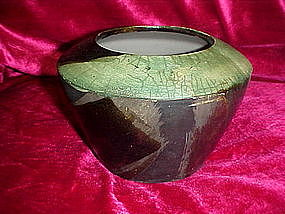 Great pottery vase, fleur de lis mark
