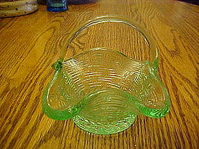 Small green basket weave glass basket, applied handle