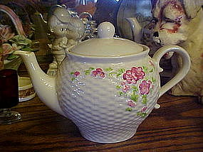 Teleflora teapot, basket weave pattern with flowers