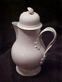 Leedsware classical creamware coffee pot, England