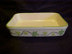 Franciscan Ivy Lasagne dish, Johnson bros, Portugal