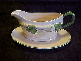 Franciscan  Ivy 2 pc gravy boat and underplate