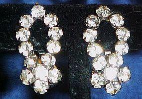 Sparkling vintage rhinestone clip earrings